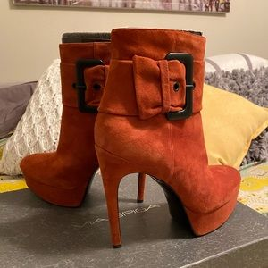 Via Spiga high heeled booties